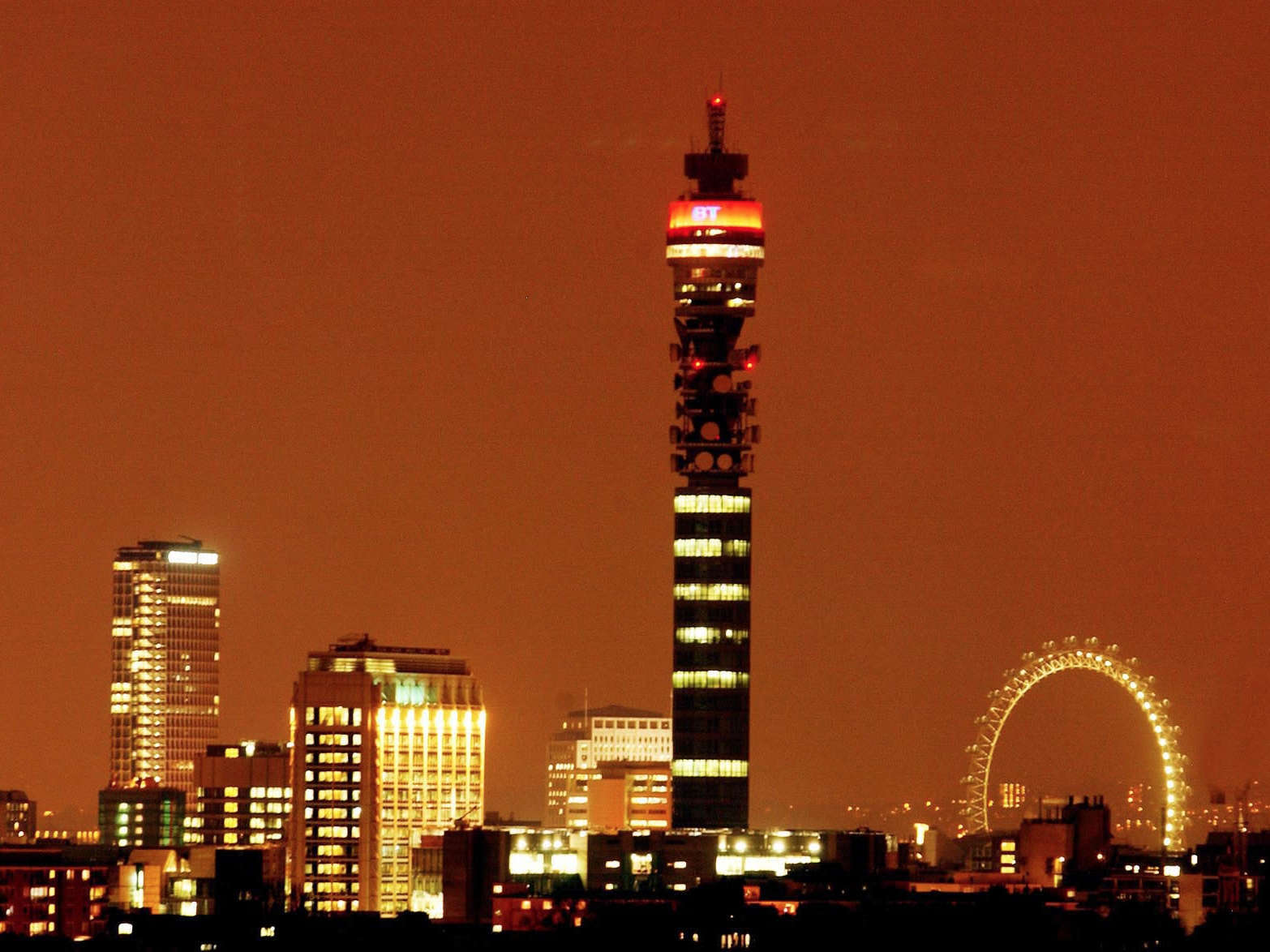 bt tower night time